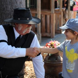 Knott's Berry Farm Ghost Town Live